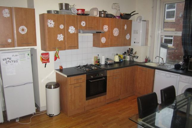 Thumbnail Terraced house to rent in Delph Mount, Leeds, West Yorkshire