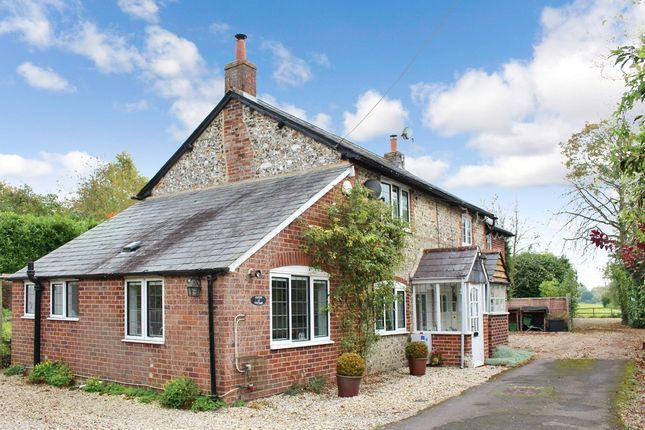 Thumbnail Cottage for sale in Eastbury, Hungerford