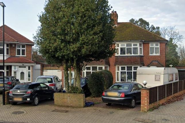 4 bed semi-detached house to rent in Firs Drive, Cranford, Hounslow TW5