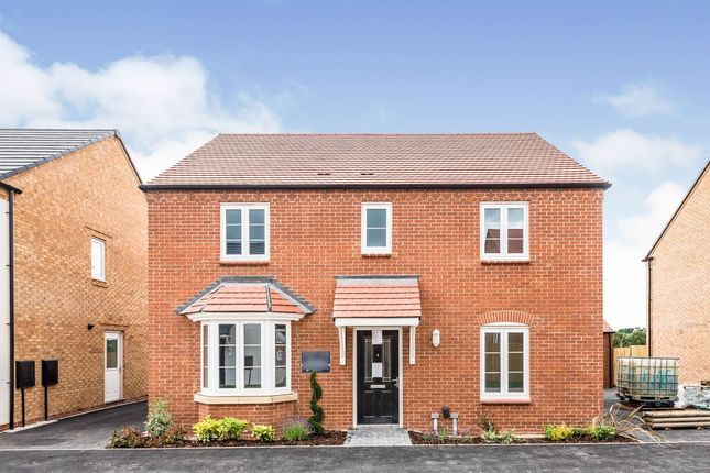 Thumbnail Detached house for sale in Popes Piece, Burford Road, Witney