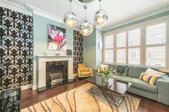 2 bed flat for sale in Mackeson Road, Belsize Park, London