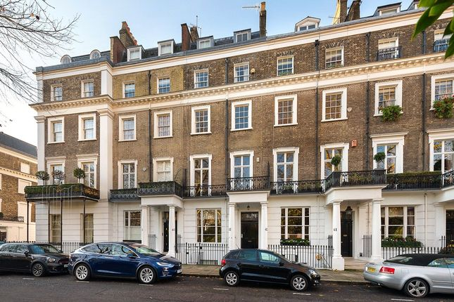 Picture No. 07 of Thurloe Square, London SW7