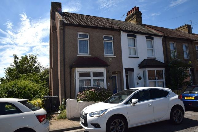 2 bed property for sale in West View Road, Dartford