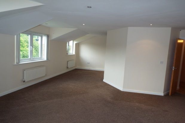 Thumbnail Flat to rent in Fernside Court, Stoneclough