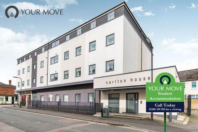 Flat to rent in Carlton Place, Southampton