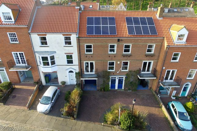 Thumbnail Terraced House For Sale In Graham Close Paradise Scarborough