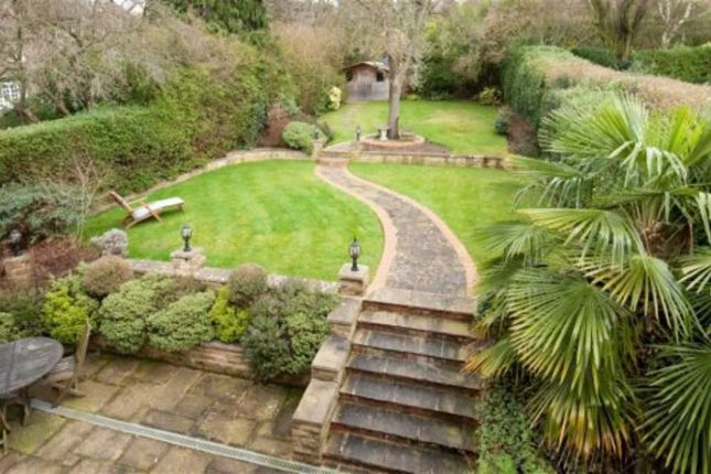 Thumbnail Property for sale in Norrice Lea, Hampstead Garden Suburb, London