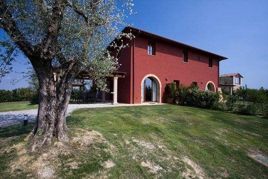 Picture No. 02 of Farmhouse Complex (9 Units), Palaia, Pisa