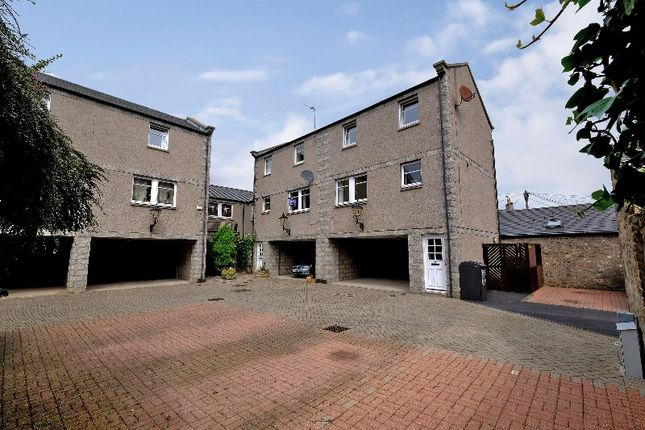 Thumbnail Town house to rent in Broomhill Mews, City Centre, Aberdeen