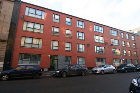 Thumbnail Flat to rent in Lorne Street, Glasgow