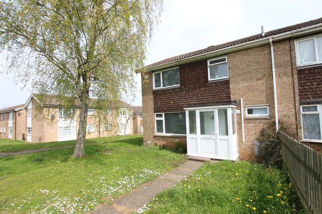 Thumbnail Terraced house to rent in Hunsbarrow Road, Northampton