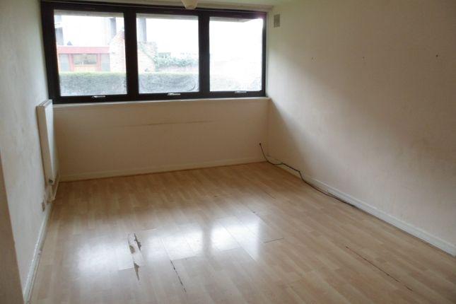3 bed duplex to rent in Tavistock Crescent, Westminster