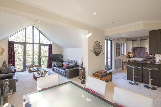 Picture No. 17 of Jacaranda House, Woburn Hill Park, Woburn Hill, Surrey KT15