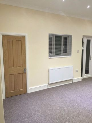 Thumbnail Terraced house to rent in Vernon Road, Ilford