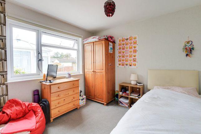 Bedroom of Primrose Close, Kingsteignton, Newton Abbot TQ12