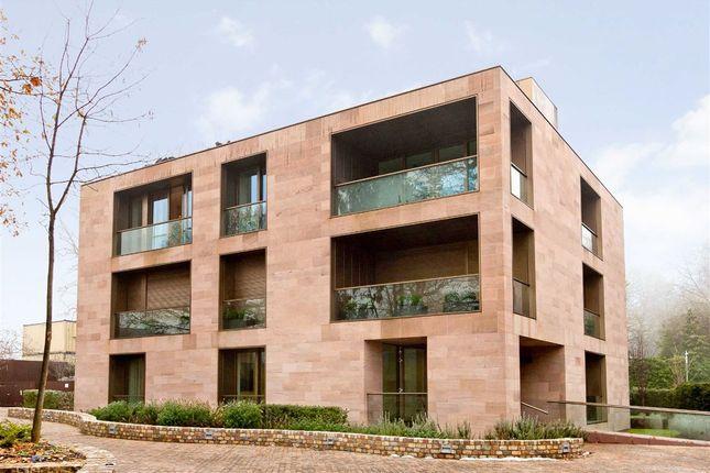 Thumbnail Flat for sale in Hampstead Lane, London