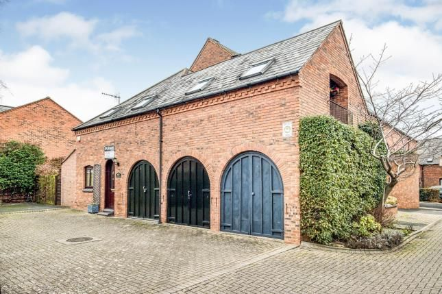 Link-detached house for sale in College Mews, Stratford-Upon-Avon