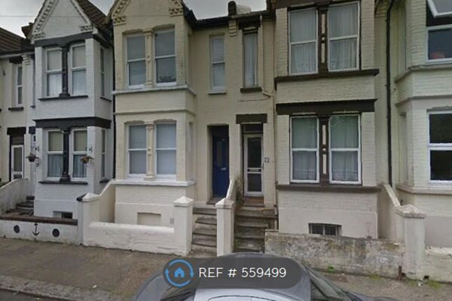 Thumbnail Room to rent in Ferndale Road, Gillingham