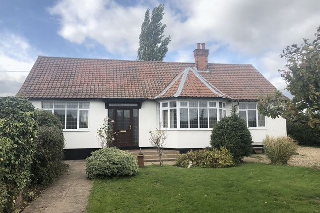 Thumbnail Detached bungalow to rent in Main Street, Clarborough, Retford
