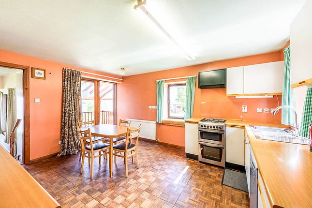 Kitchen of Lilac Cottage, Rossie Braes, Montrose, Angus DD10
