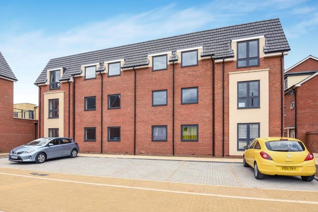 Thumbnail Flat to rent in Irving Path, Aylesbury