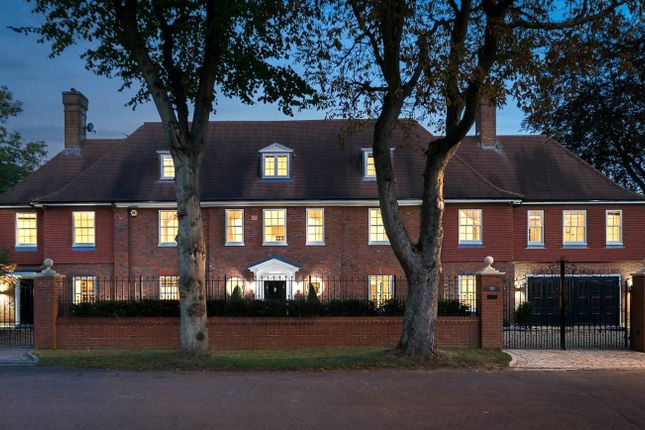 Thumbnail Detached house to rent in Stoke Road, Kingston Upon Thames, Surrey