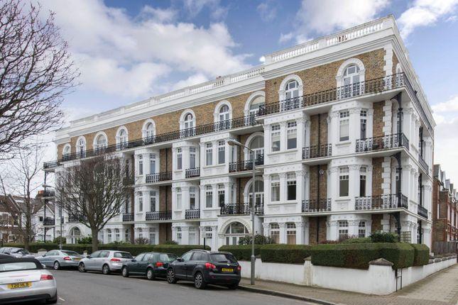 Sisters Avenue, London SW11