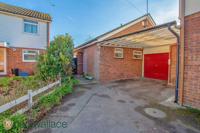 Thumbnail Detached bungalow for sale in Elizabeth Close, Nazeing, Waltham Abbey