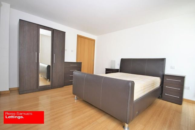 3 bed flat to rent in Helion Place, Westferry Road, Isle Of Dogs, Docklands