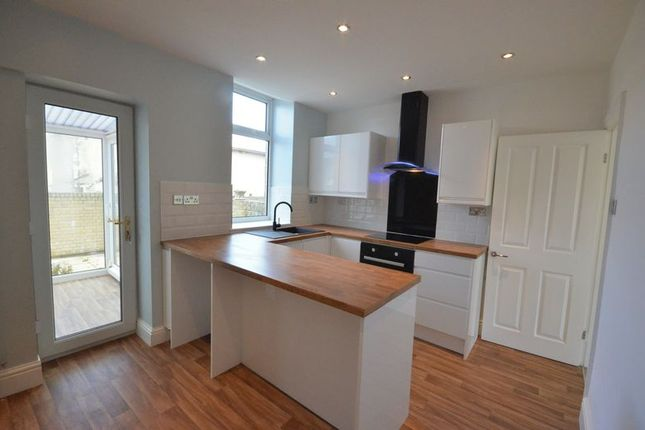 Thumbnail Terraced house to rent in Lomax Street, Great Harwood, Blackburn