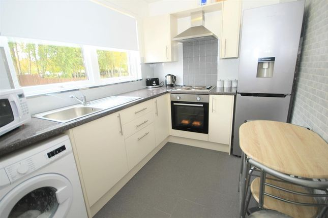 Kitchen of Armour Grove, Motherwell ML1
