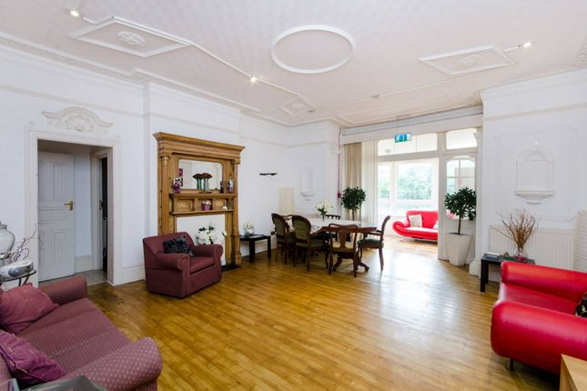 Thumbnail Property for sale in Braxted Park, Streatham Common