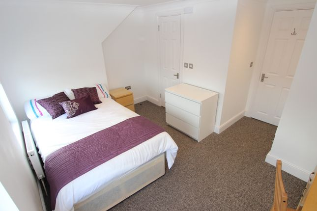 Room to rent in Wantage Road, Reading