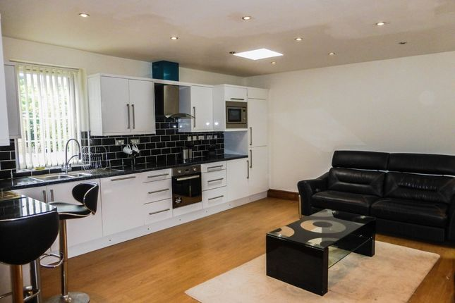 Thumbnail Flat to rent in Chester Road, Sutton Coldfield, West Midlands