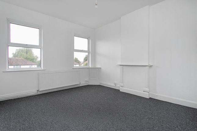 Thumbnail Flat to rent in Green Lane, Thornton Heath