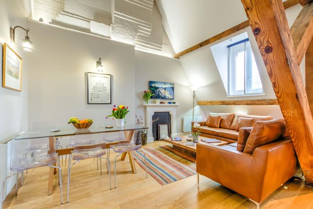 Thumbnail Flat for sale in St Pancras Chambers, Euston Road, London