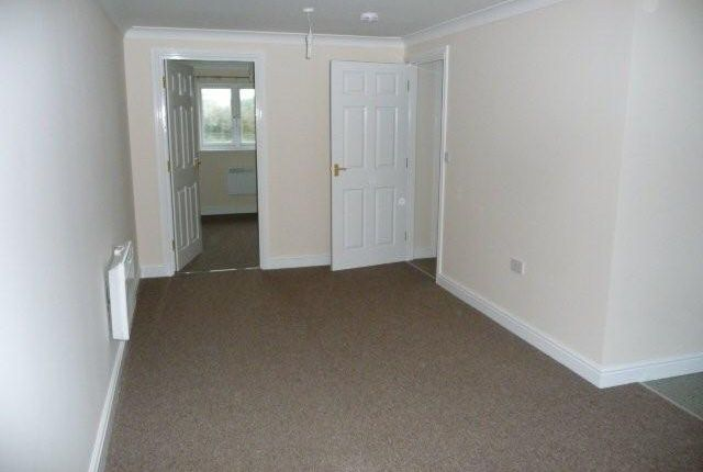 Thumbnail Flat to rent in Springfields, Bugle, St. Austell
