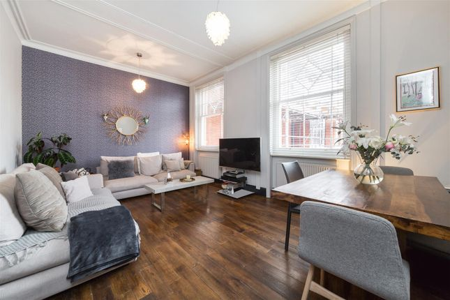 2 bed flat to rent in Elgin Court, Elgin Avenue, Maida Vale