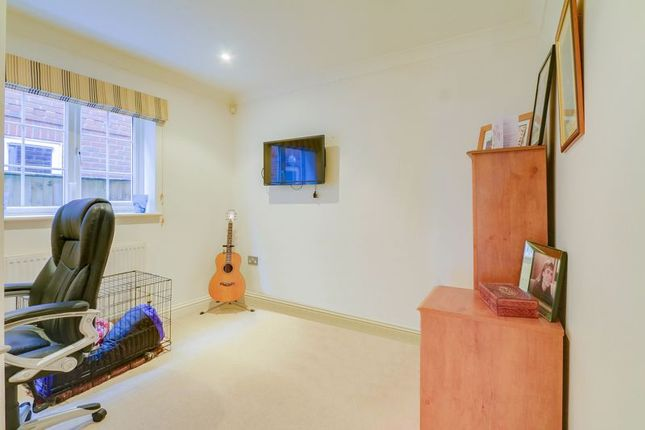 Office of Buckland Road, Lower Kingswood, Tadworth KT20