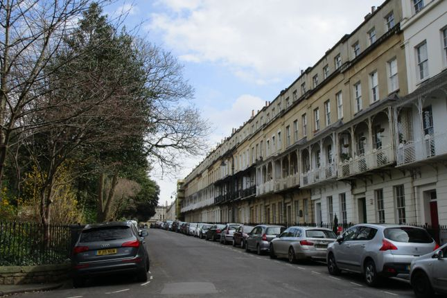 1 bed flat to rent in Caledonia Place, Clifton, Bristol
