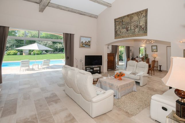 Villa for sale in Mougins, French Rivera, France