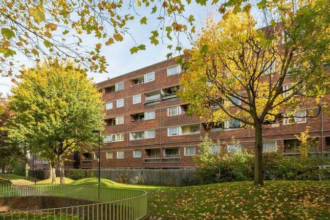 Thumbnail Flat for sale in Rhodeswell Road, London