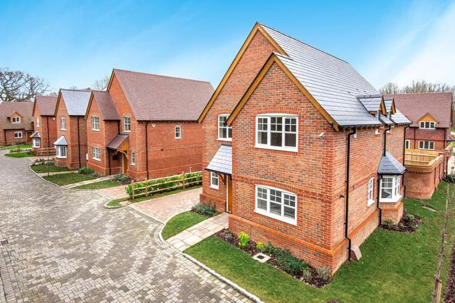 Thumbnail Detached house for sale in Arborfield, Reading
