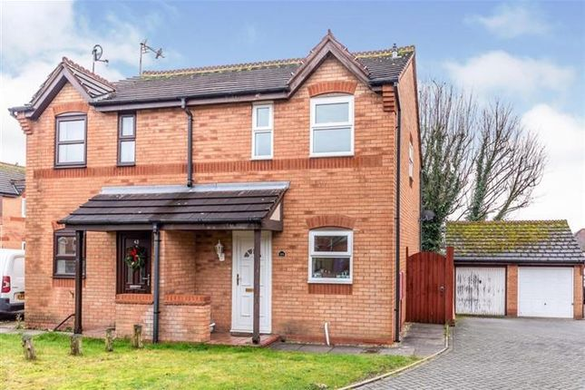 2 bed property to rent in Blake Close, Cannock WS11