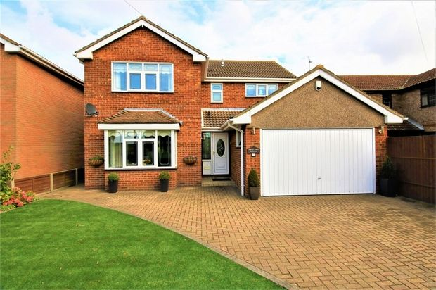 Thumbnail Detached house for sale in Western Esplanade, Canvey Island, Essex