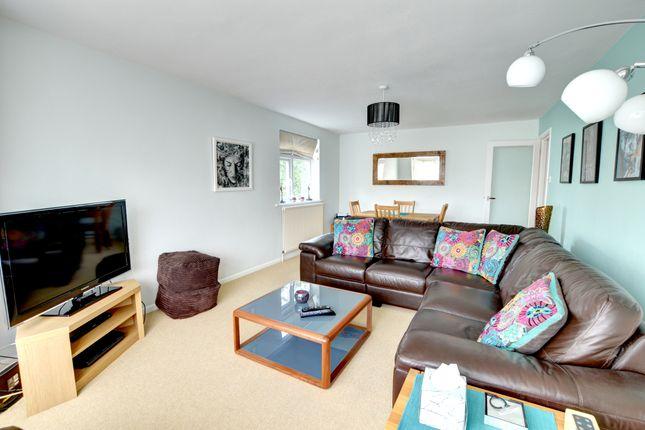 Thumbnail Flat to rent in Surrenden Road, Brighton