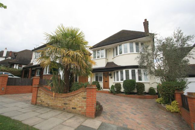 Thumbnail Detached house for sale in Hillway, Westcliff-On-Sea