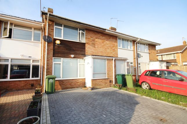 Thumbnail Terraced house for sale in Scotts Close, Staines
