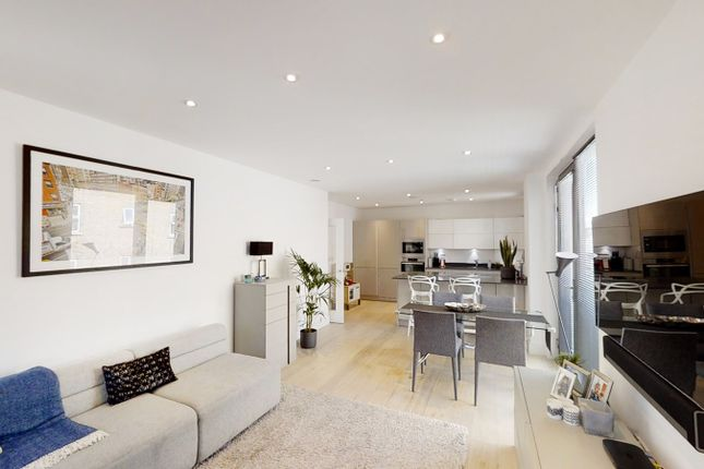 Thumbnail Flat for sale in Noble House, Kings Place, Turnham Green, Chiswick, London