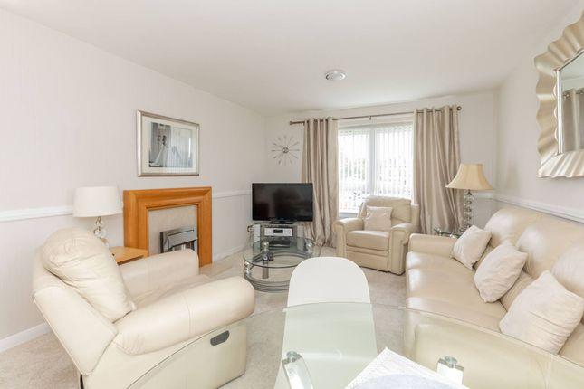 Thumbnail Flat to rent in Ravelston House Park, Edinburgh